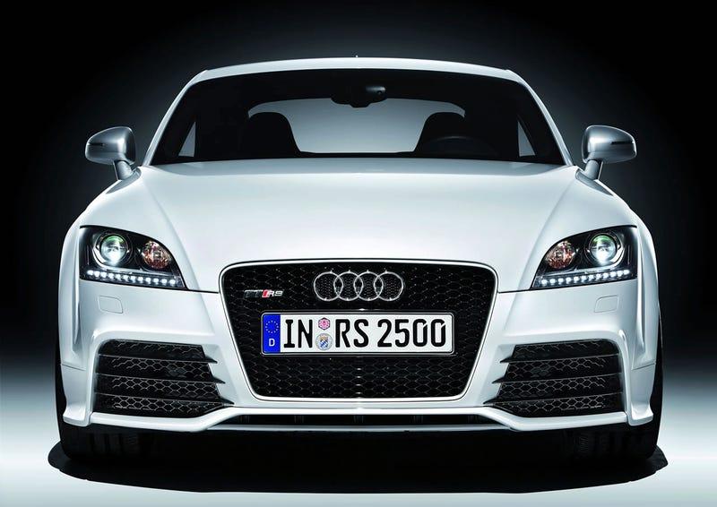 2010 Audi TT RS: Haben Sie Einen Wet-nap?