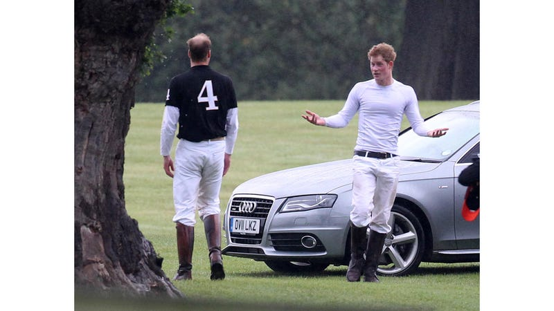 Let's Take A Moment To Gawk At Prince Harry In A Tight T-Shirt