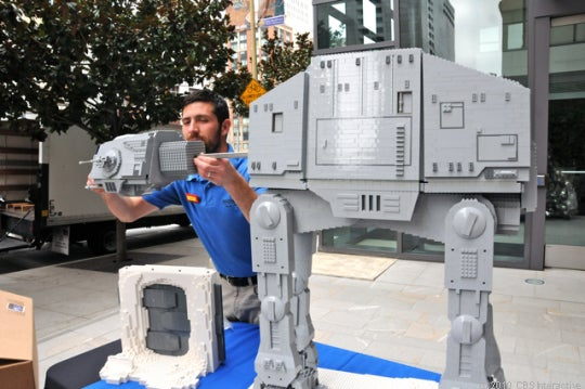 Webcam lets you watch massive Lego Star Wars exhibit being assembled