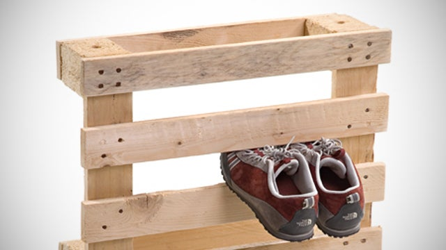 Turn a Pallet into a Rainy Day Shoe Rack