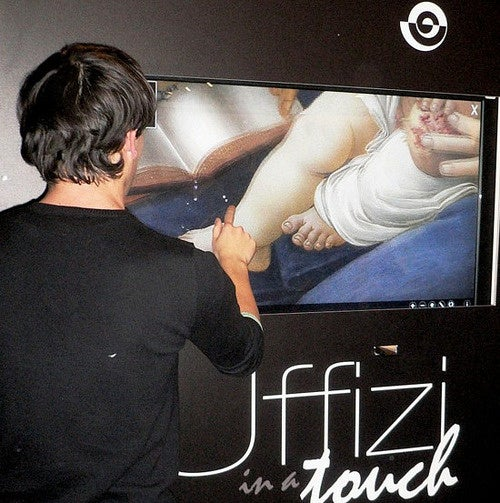 """""""Uffizi in a Touch"""" Brings Cover Flow to Renaissance Masterpieces"""