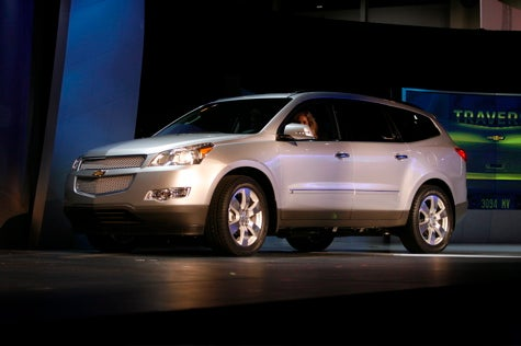 Chicago Auto Show: 2009 Chevrolet Traverse Live Unveil
