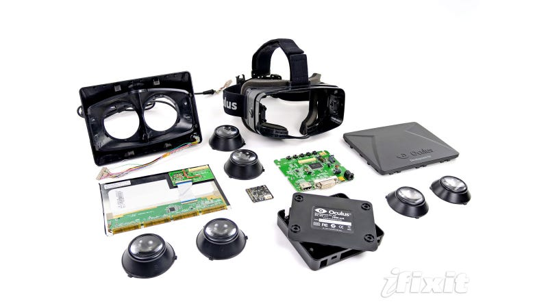 What's Inside the Oculus Rift Virtual Reality Headset?
