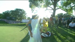 Jason Dufner Grabs First Major, Pats Wife's Butt