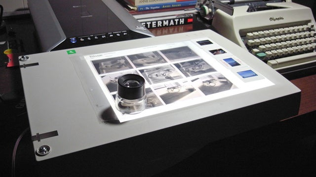 Turn an Old Flatbed Scanner into a Cheap Lightbox