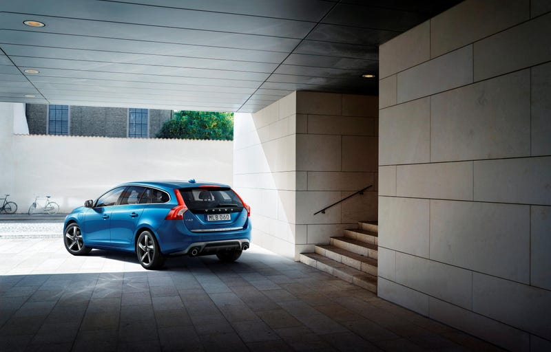 The Volvo V60 R-Design Hybrid Is The Eco Family Wagon I Badly Want