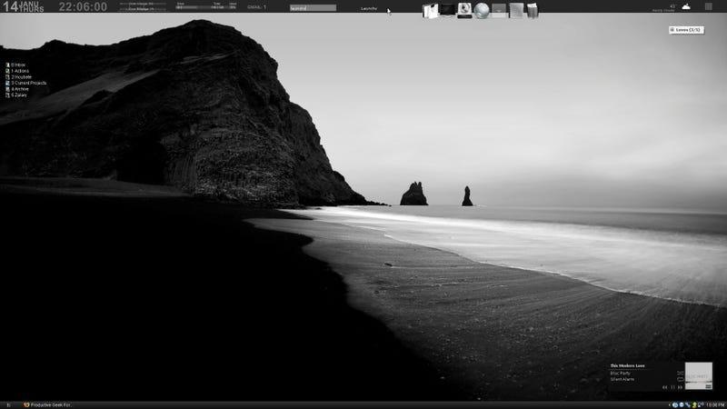 The Monochrome Grey Desktop