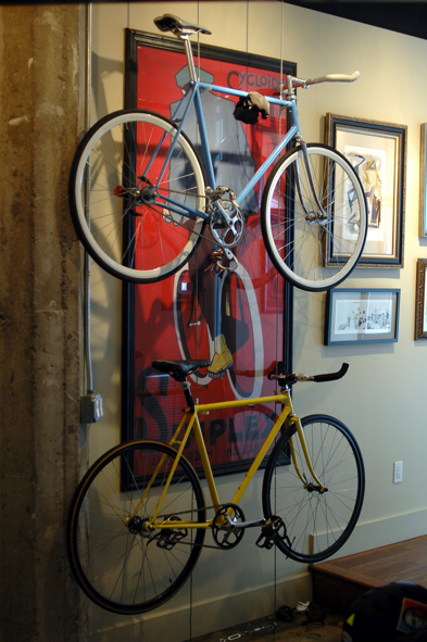 Build a Minimal, DIY Bike Rack