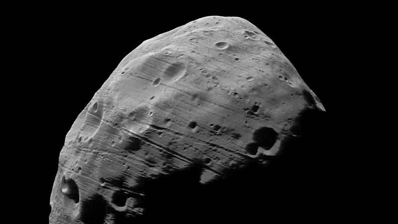 Mars Express to Make Daredevil Flyby of Phobos