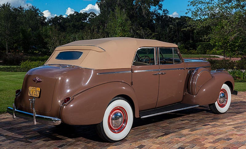 Now You Can Own Humphrey Bogart's 1940 Buick From Casablanca