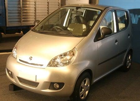 The $3,000 Car From Bajaj Is $500 Classier Than the $2,500 Tata Nano