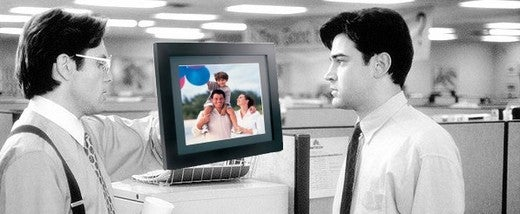 Fidelity DOF-1000F Digital Office Picture Frame: Pushes Powerpoint, MMM-KAY?