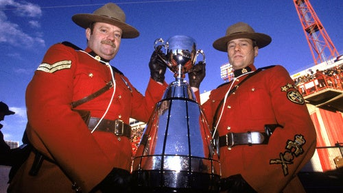 Alouettes! Roughriders! It's the 97th Grey Cup!