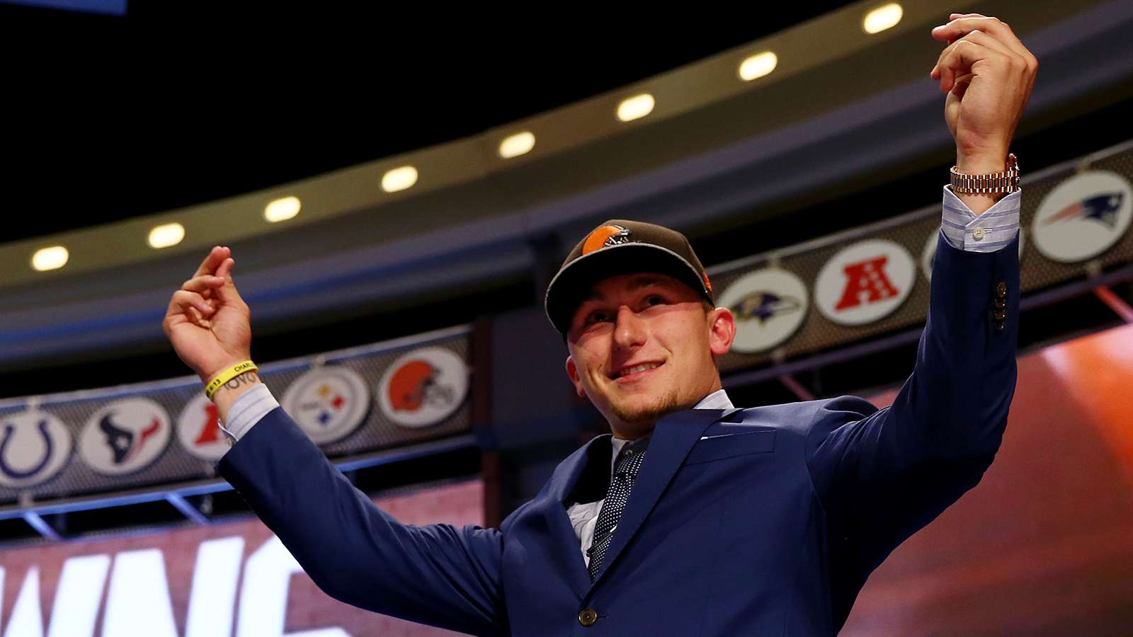 Johnny Manziel Is So Damn Obnoxious You Should Love Him