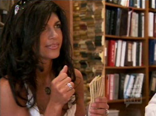 Real Housewives Of New Jersey Premiere: Spying, Fighting, And Gold Digging