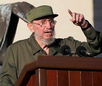 Castro Wishes Ahmadinejad Would 'Stop Slandering the Jews'
