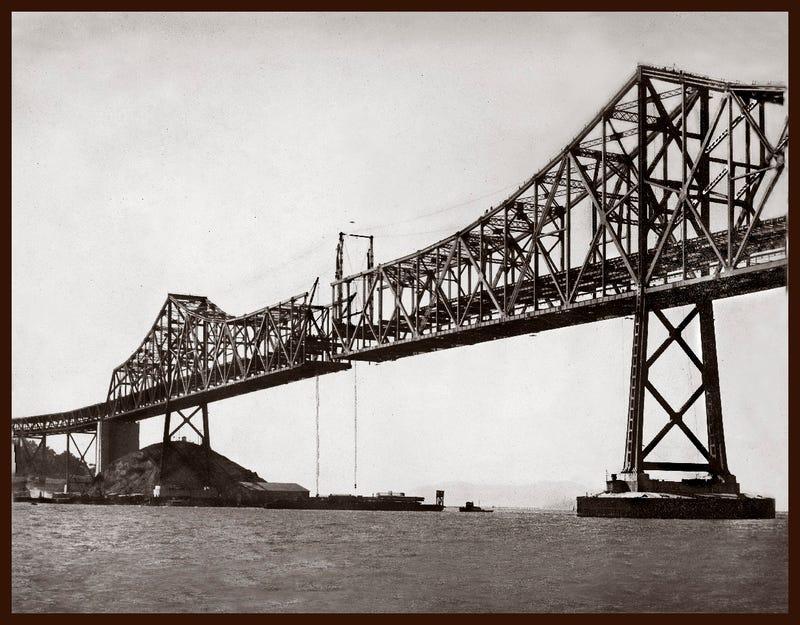 13 Nail-Biting Images Of San Francisco's Bay Bridge Under Construction