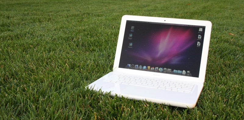 Unibody Apple MacBook Review