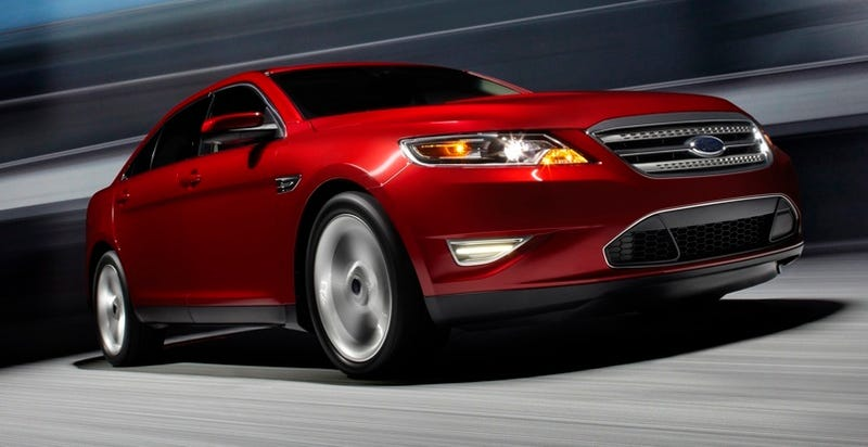 2010 Ford Taurus SHO, Driven