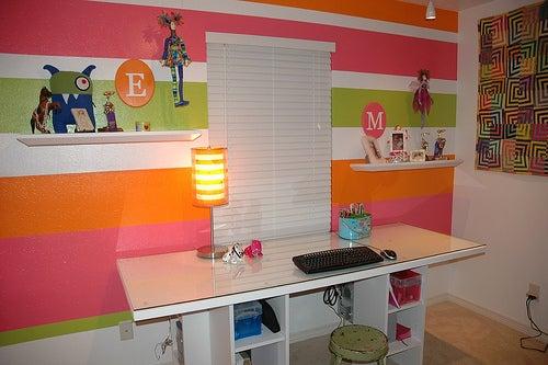 Workspace Inspiration: Embracing the Door-as-Desk Option