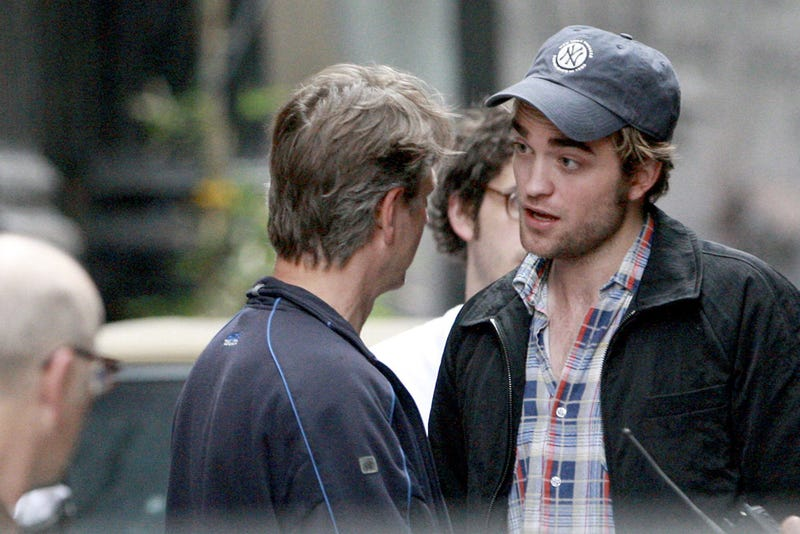 Robert Pattinson's Bowel Movements Will Not Be Reported Here