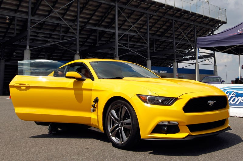 The 2015 EcoBoost Mustang: 31 MPG Highway Worth It?