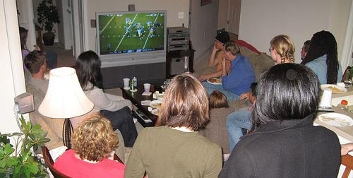 The Last-Minute HD Super Bowl Party Guide