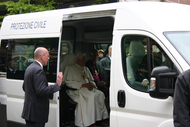 Fiat Delivers Custom Ducato For Papal Service
