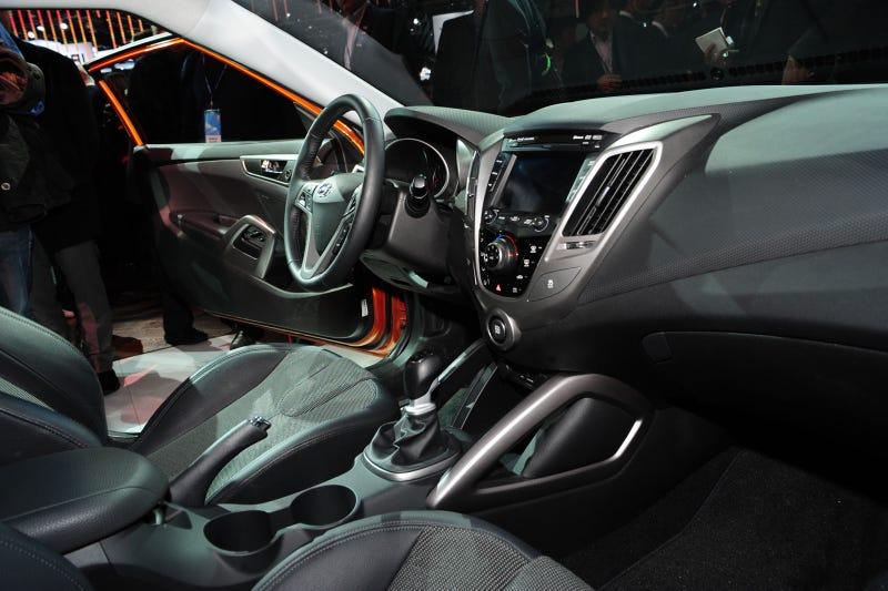 "Hyundai Veloster Hot Hatch Asks ""Honda Who?"""