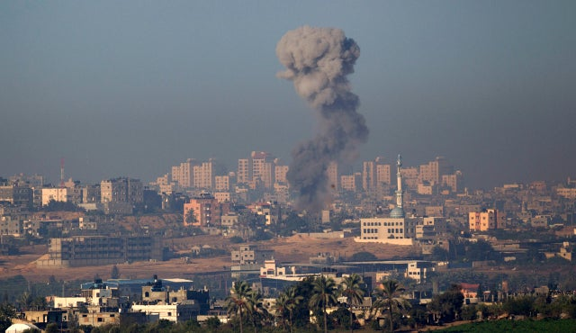 Deaths Mount as Israel and Hamas Exchange Violence for Second Straight Day