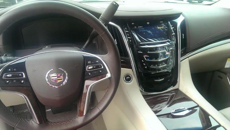 2015 Cadillac Escalade - The Oppo Mini-review