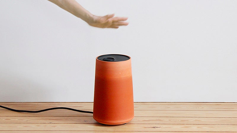A Simple Clay Pot Could Replace Your Noisy Air Conditioner