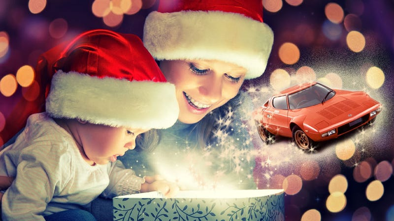 The Official Jalopnik Holiday Gift Guide That Doesn't Suck