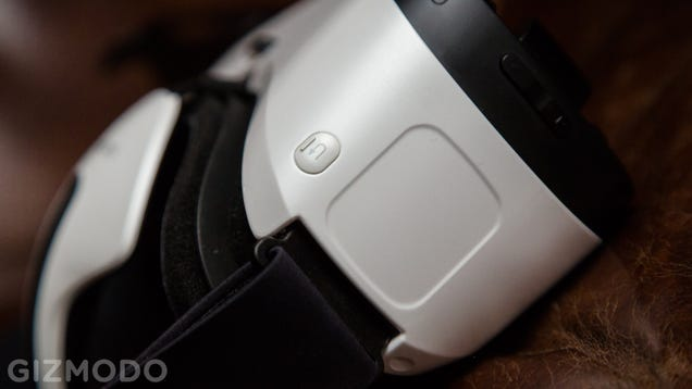 Samsung Gear VR Review: Hell Yes I Will Strap This Phone to My Face