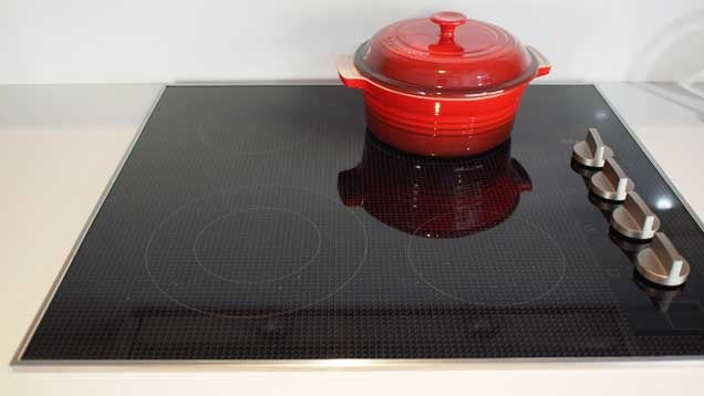 How To Choose Between A Gas, Induction, Or Electric Cooktop