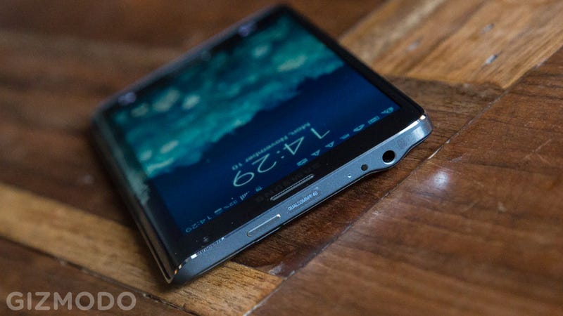 Samsung Galaxy Note Edge Review together with Page 3 moreover Samsung Note 3 Vs Note 5 besides Samsung Galaxy S8 And Galaxy S8 Hands On Theres Never Been Smartphones Like These Before id92527 together with Hd Images Wallpapers 1080p Black For. on samsung galaxy note edge review side screen eye