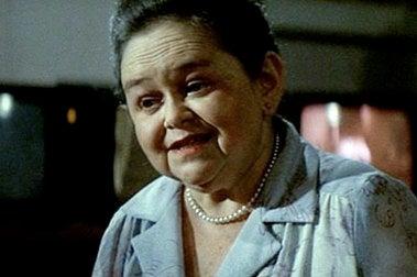 RIP Zelda Rubinstein, Our Favorite Movie Psychic