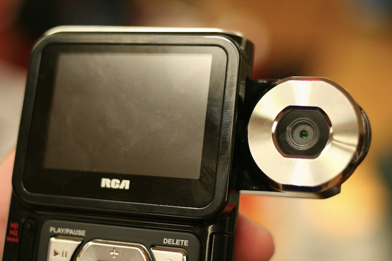 RCA EZ300 Pocket Camcorder Shoots HD for Frugal Filmmakers