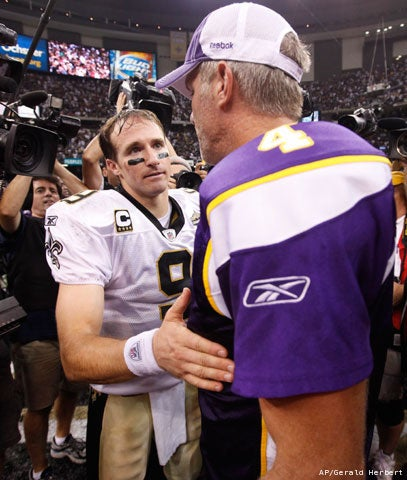 Brett Favre Is Now Texting Drew Brees