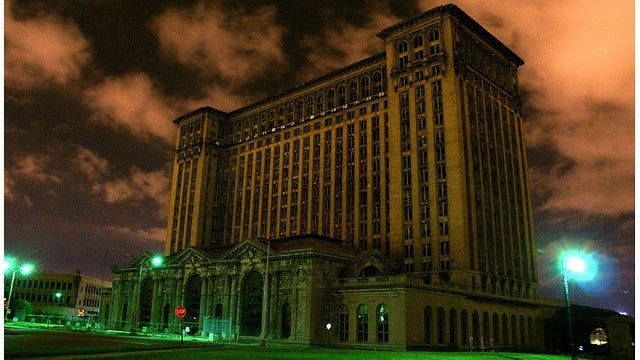 Detroit plans to shrink by leaving half the city in the dark