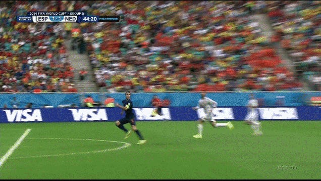 Robin van Persie's Rainbow Header Equalizes For Holland