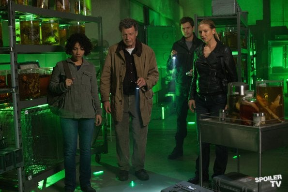 Fringe - 5.07 Promo Photos