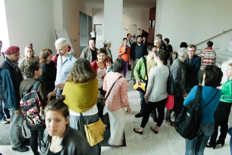 Államtitkárt ekéztek a Magyar Nemzeti Galéria megnyitóján