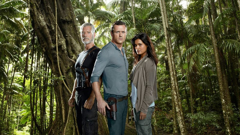 Terra Nova's Jason O'Mara promises dinosaurs in every episode, and at least one major death