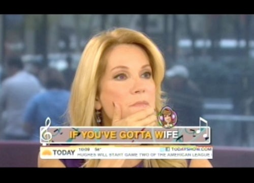"Hoda Kotb Serenades Kathie Lee With ""Double Dutch Bus"""
