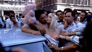 Pucér nők és annyi más érdekes, 5. rész: Szexinvázió