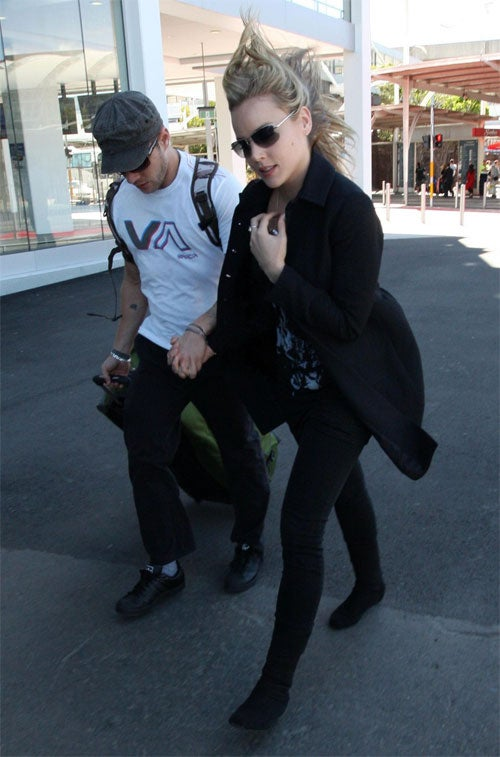 Ryan & Abbie: Wind Shear In Sydney
