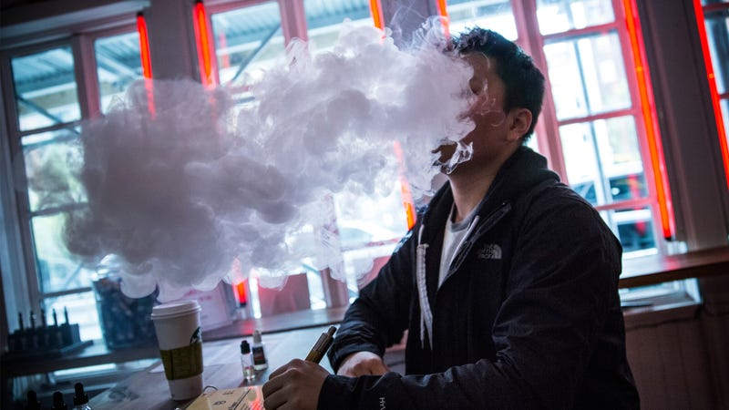 American Heart Association Is OK with E-Cigs But Only as a Last Resort