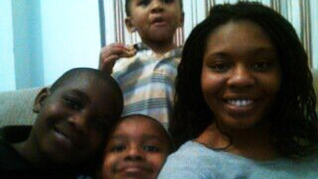 Mother Updated Facebook Before Drowning Herself and Her Kids