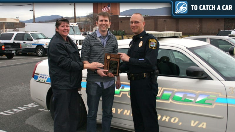 Police Present Jalopnik Commenters With Commendation For Aiding Hit-And-Run Investigation